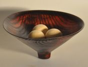 Dyed White Ash vessel with spheres